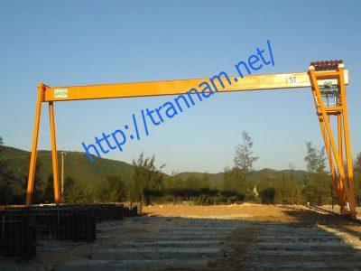 Cổng trục dầm đơn 5 tấn