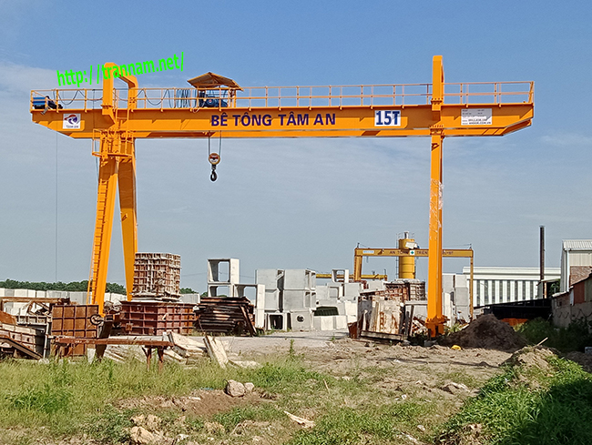 Chế tạo cổng trục 15 tấn