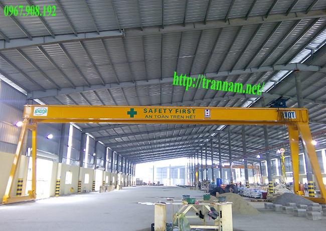Cổng trục dầm đôi 10 tấn