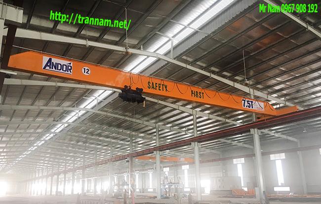 Lắp cầu trục 7.5 tấn trong nhà máy tại Hưng Yên