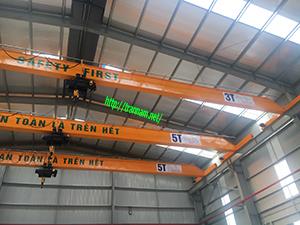Cầu trục 3 tấn và 5 tấn trên cùng hệ dầm đỡ ray