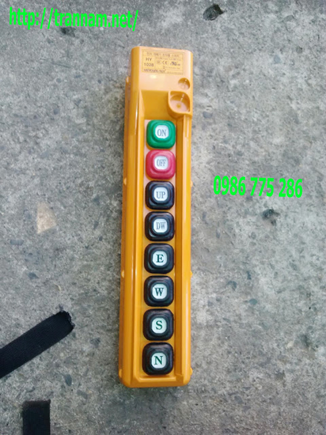 Điều khiển cầu trục 06 nút có dây