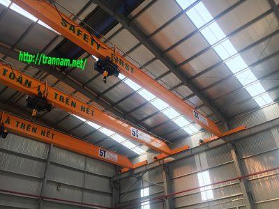 Cầu trục 3 tấn và 5 tấn tại Deep C Đình Vũ Hải Phòng