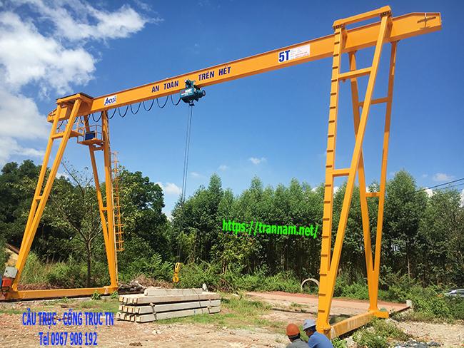 Thử tải cổng trục 5 tấn tại Bắc Giang