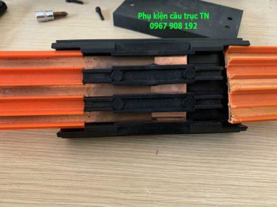 Hộp nối ray cáp điện cầu trục